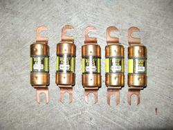 fuses for the traction battery